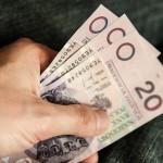 ERA půjčka může být osobně i online